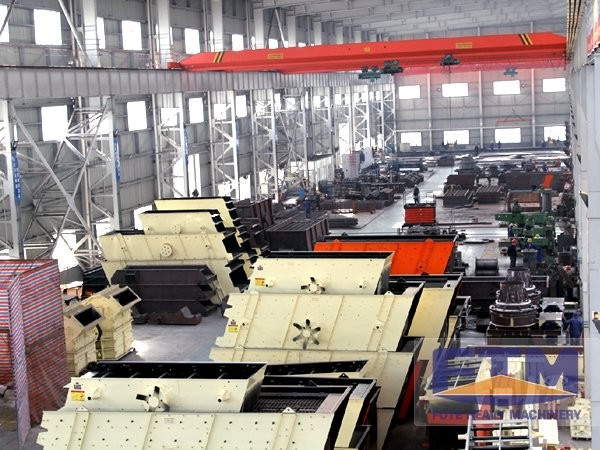 Production Workshop of Vibrating Screen